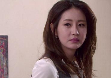 'Âm mưu gia tộc': Sau 2 năm mất tích, Han Jung Yeon bất ngờ trở về
