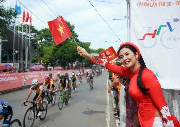 Hoa hậu Ngọc Hân, ca sĩ Ưng Hoàng Phúc khuấy động cúp Truyền hình
