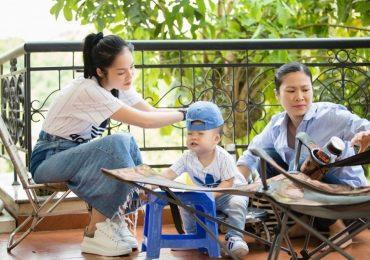Dương Cẩm Lynh diện đồ đôi cùng con trai trên phim trường