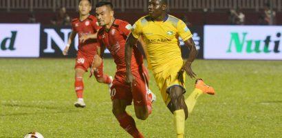 Hai thành viên tuyển Việt Nam tỏa sáng trước đội của HLV Miura