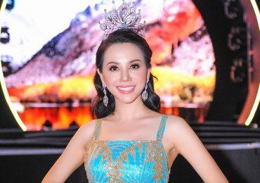 Hoa hậu Châu Ngọc Bích đội vương miện, khoe sắc lộng lẫy tại sự kiện