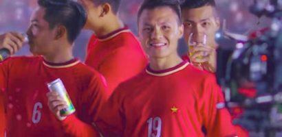 Vì sao Quang Hải mặc áo nhái U23 Việt Nam quảng cáo bia?