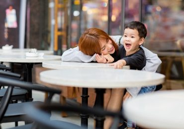 Hậu ly hôn, Thu Thủy lòng quặn đau, ngộp thở khi con trai hát về ba