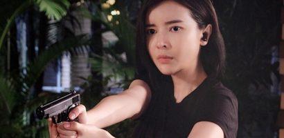 Cao Thái Hà tập ở võ đường Johnny Trí Nguyễn để đóng phim