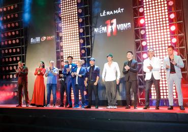 Sao Việt hào hứng đi xem phim bóng đá '11 niềm hy vọng'