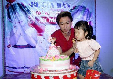 Hồ Việt Trung làm bố đơn thân, sẽ sang giấy tờ nhà, xe cho bạn gái nếu thương con riêng