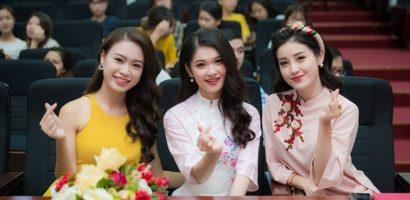Huyền My và Thùy Dung 'rủ nhau' mặc áo dài, kết thúc Tour tuyển sinh Hoa hậu Việt Nam 2018