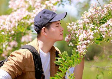 MC Vũ Mạnh Cường khám phá rừng hoa đào Nam Cát Tiên