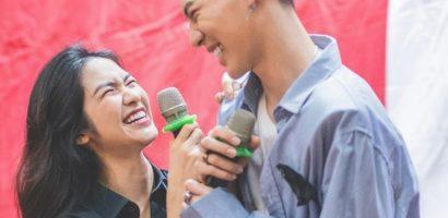 Vội vã tham dự buổi họp fan Erik, Hòa Minzy chứng tỏ gia đình 'Hoa dâm bụt' chưa tan rã
