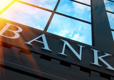 Sau Agribank, đến lượt Vietinbank và BIDV tăng phí rút tiền ATM
