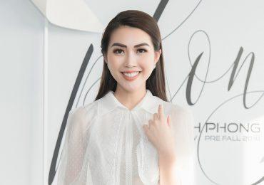 Tường Linh rạng rỡ hết cỡ tham dự show thời trang