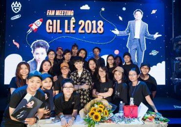 Gil Lê rơi nước mắt vì món quà sinh nhật từ người hâm mộ tại fanmeeting